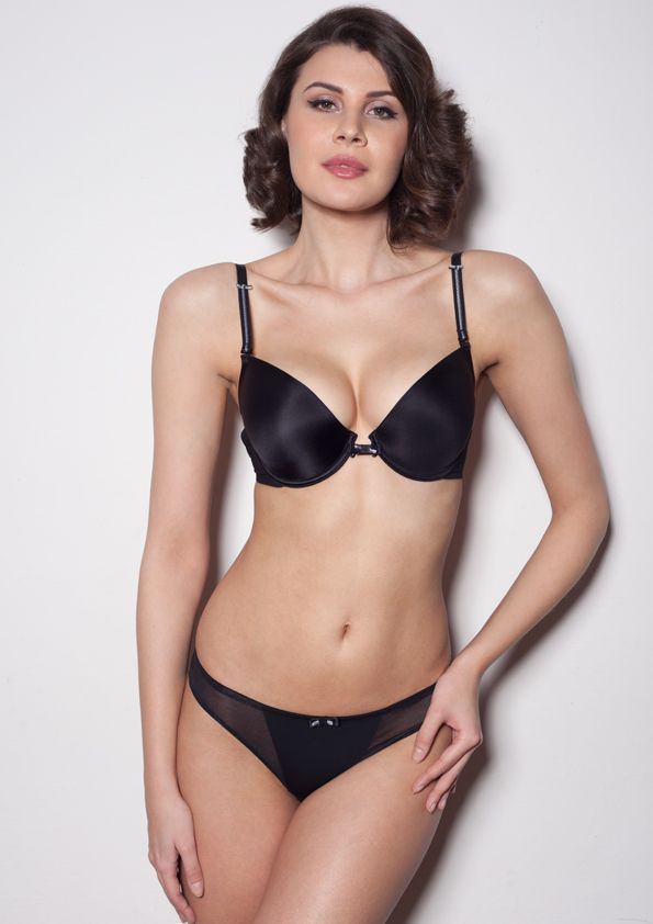 Samanta lingerie - New collect Heka black bra: A476 pants: M300 www.samanta.eu