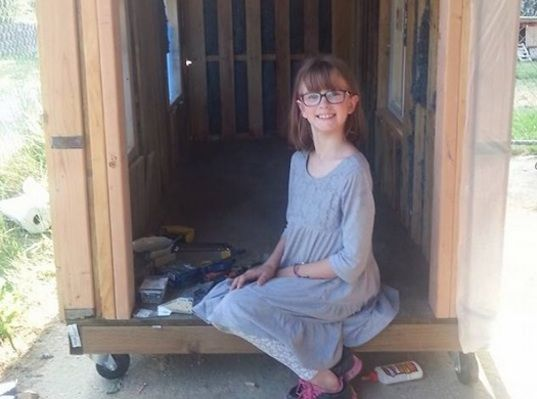 9-year-old girl builds mobile shelters and grows a garden to help local homeless people   Inhabitots