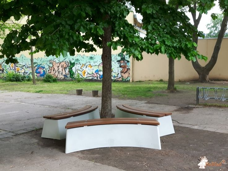 Boombank DeLuxe Ovaal bij Förderverein des Christian-Wolff-Gymnasiums in Halle