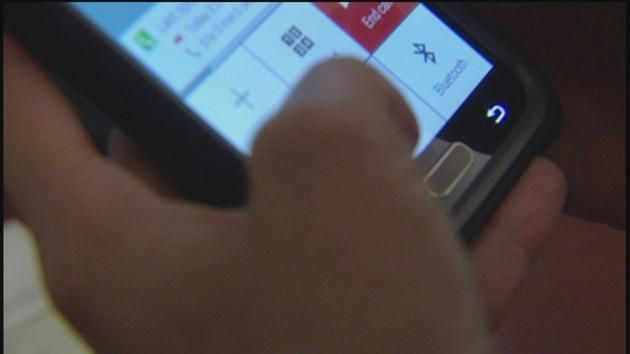 Houston mom creates app to control child's phone (list of other apps at end of article)