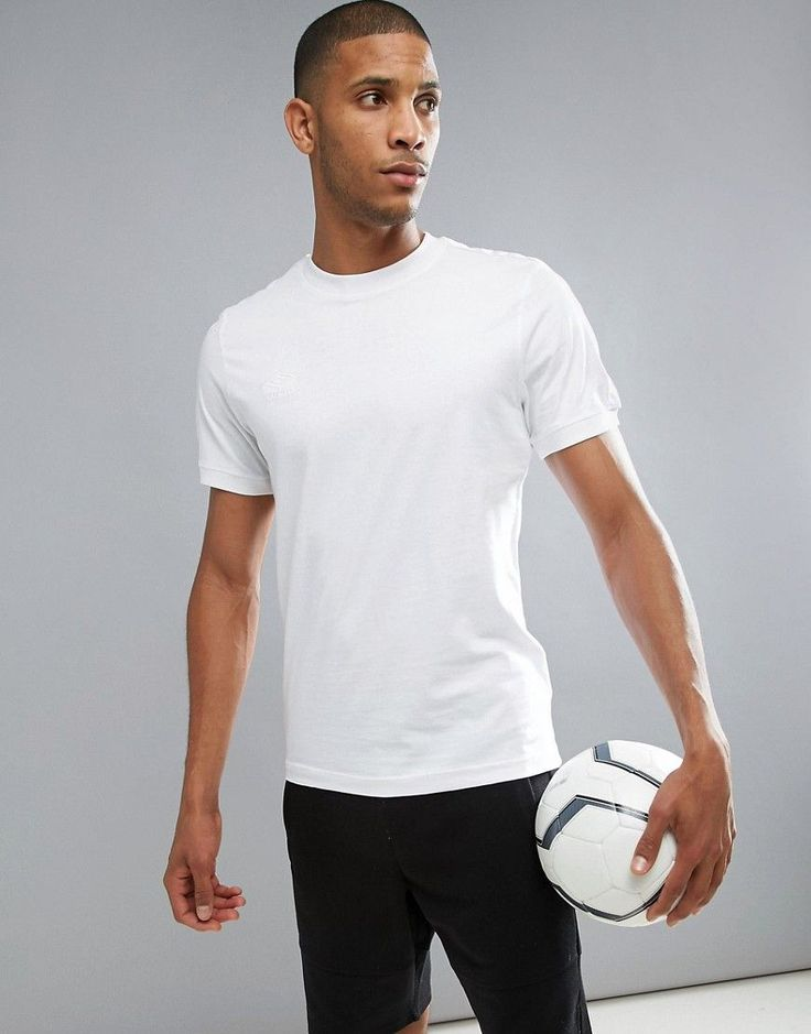 Get this Umbro's printed t-shirt now! Click for more details. Worldwide shipping. Umbro Ringer T-Shirt - White: T-shirt by Umbro, Soft-touch jersey, Crew neck, Short sleeves, Embroidered Umbro logo, Fitted trims, Regular fit - true to size, Machine wash, 100% Cotton, Our model wears a size Medium and is 189cm/6'2.5 tall. The creation of brothers Harold and Wallace Humphreys, Manchester label Umbro started life as a football apparel brand, championed on and off the pitch in the…