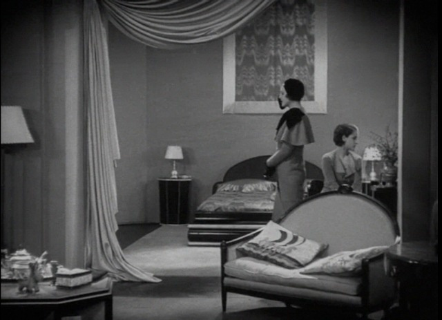 Cedric gibbons set design from the divorcee 1930 for Interieur art deco