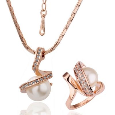 10 best Rose gold Angel Jewelry images on Pinterest Rose gold