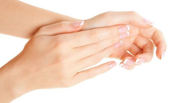 Best vitamins + supplements for healthy nails