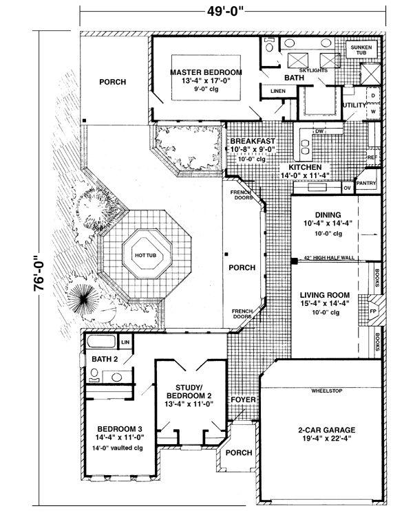 Best 25 interior courtyard house plans ideas on pinterest for Courtyard house plans with pool