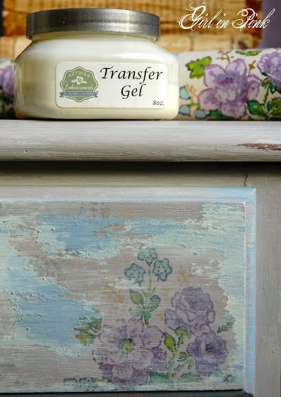 How to create an aged vintage wallpaper finish with Artisan Enhancements Transfer Gel, Crackle Tex and Scumble - Detailed tutorial in blog post.