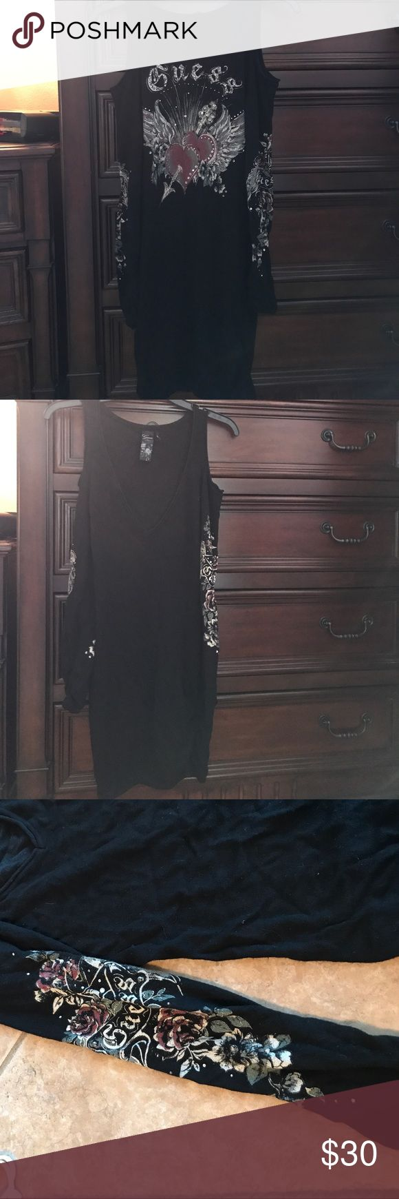 Guess dress V neck guess dress with pattern on back and sleeve Guess Dresses Mini