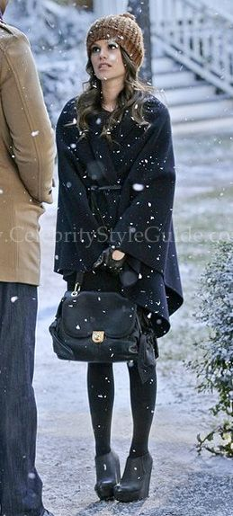 Rachel Bilson wore the Vince Cape and Z Spoke Zac Sac Handbag on the CW's Hart of Dixie 1.15 Snowflakes & Soul Mates