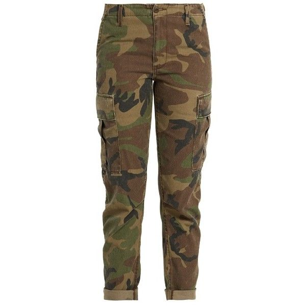 Re/Done Originals Camouflage-print slim-leg trousers cargo trousers (540 BAM) ❤ liked on Polyvore featuring pants, green multi, urban camo pants, green pants, cargo pants, urban camouflage pants and slim fit cargo pants