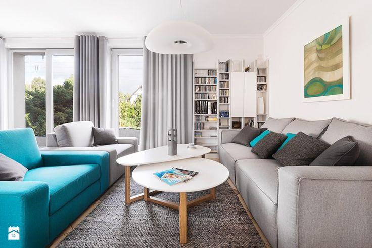 Dom jednorodzinny - Metamorfoza - Średni salon z bibiloteczką z tarasem / balkonem, styl eklektyczny - zdjęcie od PracowniaPolka