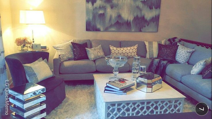 Jaclyn Hill S Living Room Home Home Living Room