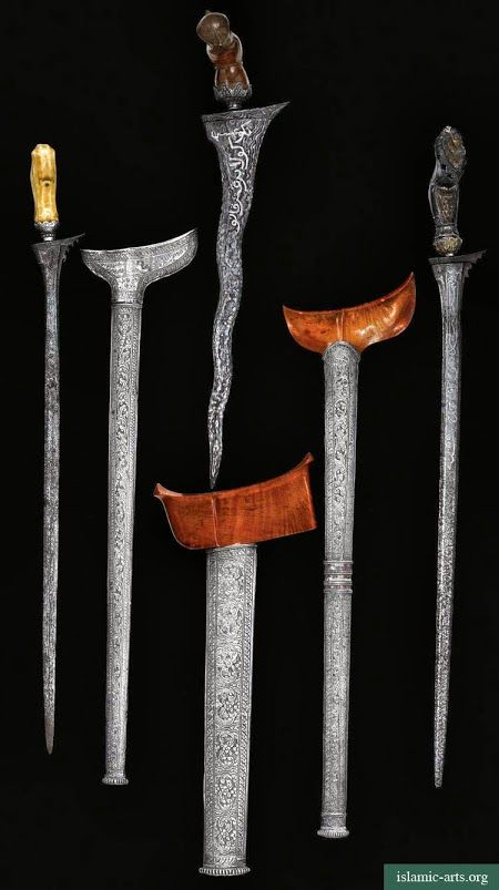 THREE MALAY DAGGERS (KRIS) WITH SILVER SCABBARDS, MALAYSIA/SUMATRA, 18TH-19TH CENTURY