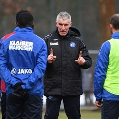 Karlsruher SC new coach Mirko Slomka trains the team for the first time in 2017