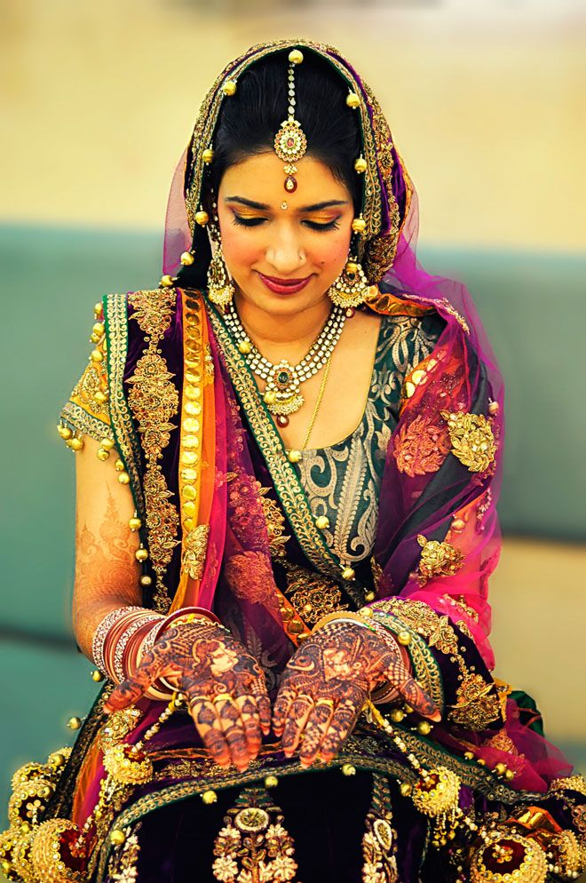 Incredible India 50 Beautiful And Amazing Photos Of Pinterest インド 花嫁 民族衣装