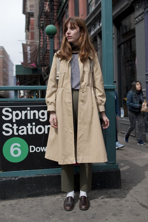 ガーリーなヴィンテージトレンチが使える!|春服へスウィッチ! ニューヨーカのライトアウタートレンド|エル・ガール・オンライン
