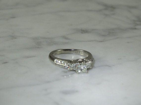 1 quilate TW platino anillo de compromiso y aniversarios