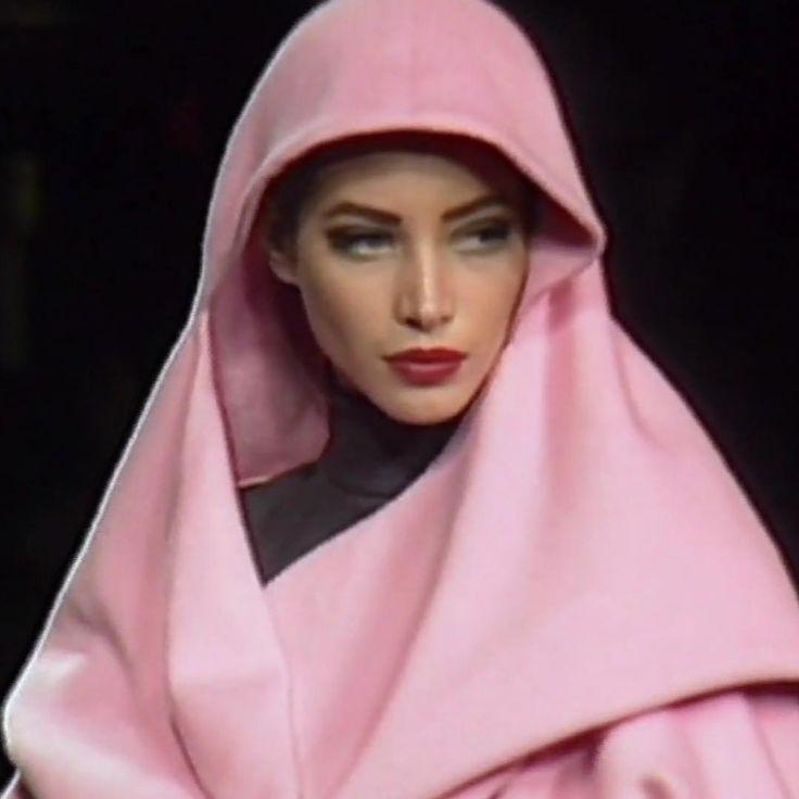 Christy Turlington for LANVIN by  Claude Montana Runway Show 1990