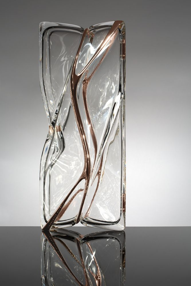 Gallery of Zaha Hadid Design Creates Shoe and Transparent Clutch Bag for Charlotte Olympia - 3