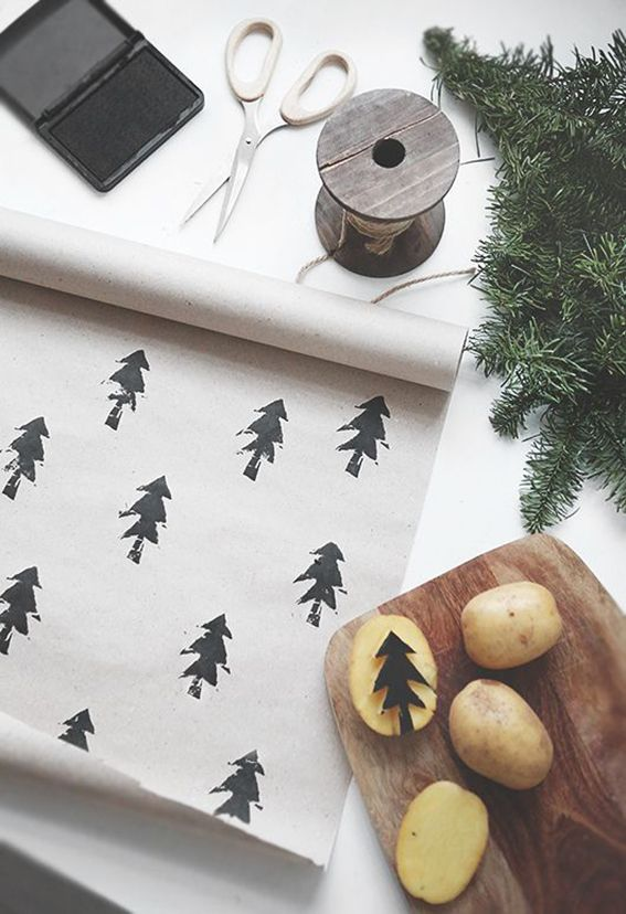 carimbo caseiro com batata para natal Papel de embrulho personalizado