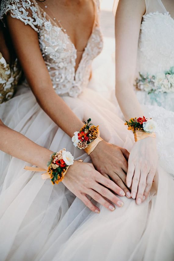 Marriage ceremony floral bracelets for bridesmaids Set of bracelets Marriage ceremony equipment Magaela equipment Handmade product Bracelets for bridesmaid