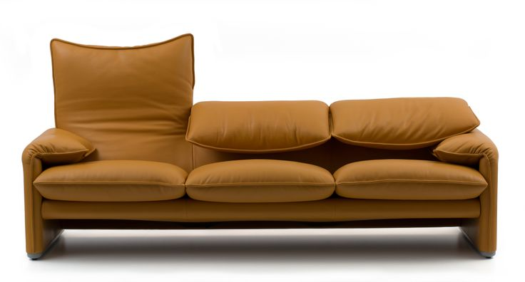 Cool Since 1974. Cassina celebrates the 40 years of the Maralunga sofa by Magistretti @ Cassina Showroom Milano