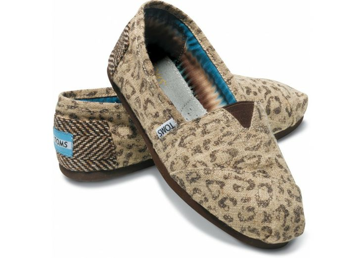 TOMS Shoes Snow Leopard Women's Vegan Classics $54.00 These were my first TOMS Shoes.