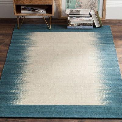 Safavieh Kilim Beige / Light Blue Contemporary Rug Rug Size: 4' x 6'