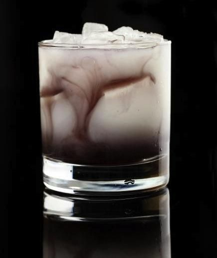 13 Halloween Drinks for a Fright Night to Remember