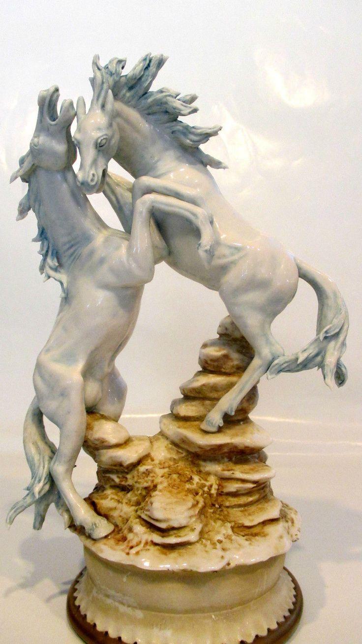 1000+ images about porcelán figurák.. on Pinterest  Royal
