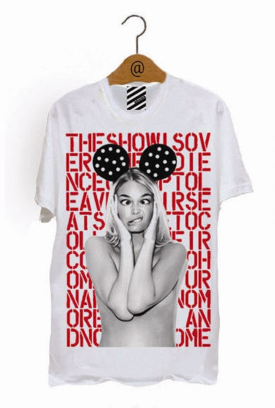 Minnie House T-shirt on sale now at www.hennie-t.com