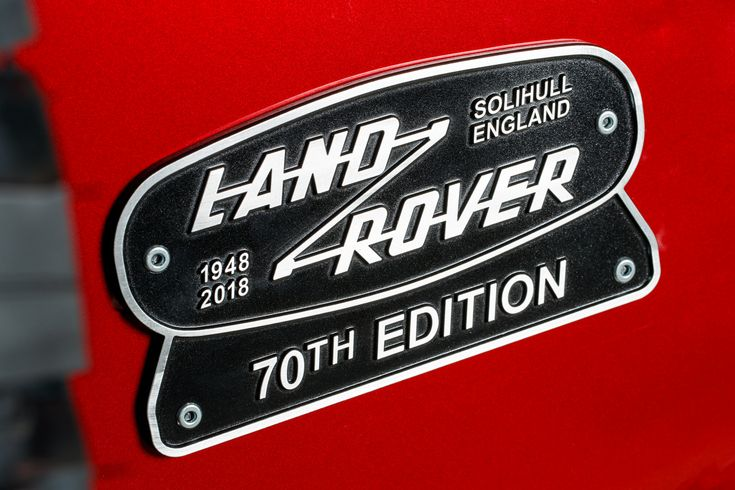 https://flic.kr/p/22rSjRu | DEFENDER LIVES ON: LAND ROVER LAUNCHES V8 EDITION  TO CELEBRATE 70TH ANNIVERSARY | Land Rover today announces a limited-edition high-performance version of the iconic Defender, with up to 150 V8-powered examples re-engineered to celebrate the Land Rover marque's 70th anniversary in 2018.