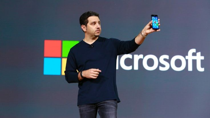 Is the Windows phone fan community imploding?