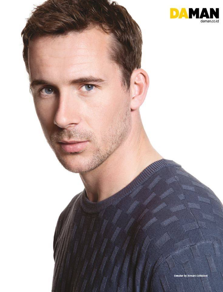 Barry Sloane for DAMAN | Because it took me a while (and by that I mean a looooong while) to get back on #Revenge, it's only now was I able to get into the reveng-y vibe. So I know it's way too late but I am seriously crushing on Barry Sloane and his Aiden Mathis character right now. A bit sad that they killed him off and cancelled the show, but I understand it must be done. #sepanx is real. #revenger
