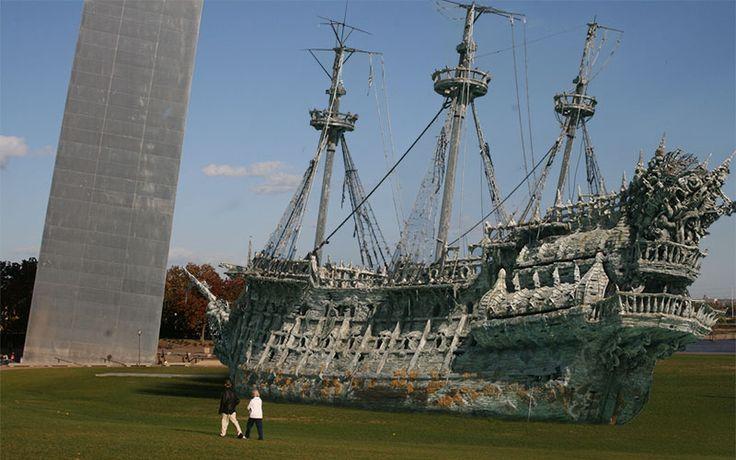 Sunken Pirate Ship With Treasure Found Near St. Louis - http://heelsfirsttravel.boardingarea.com/2014/03/25/sunken-pirate-ship-treasure-found-near-st-louis/