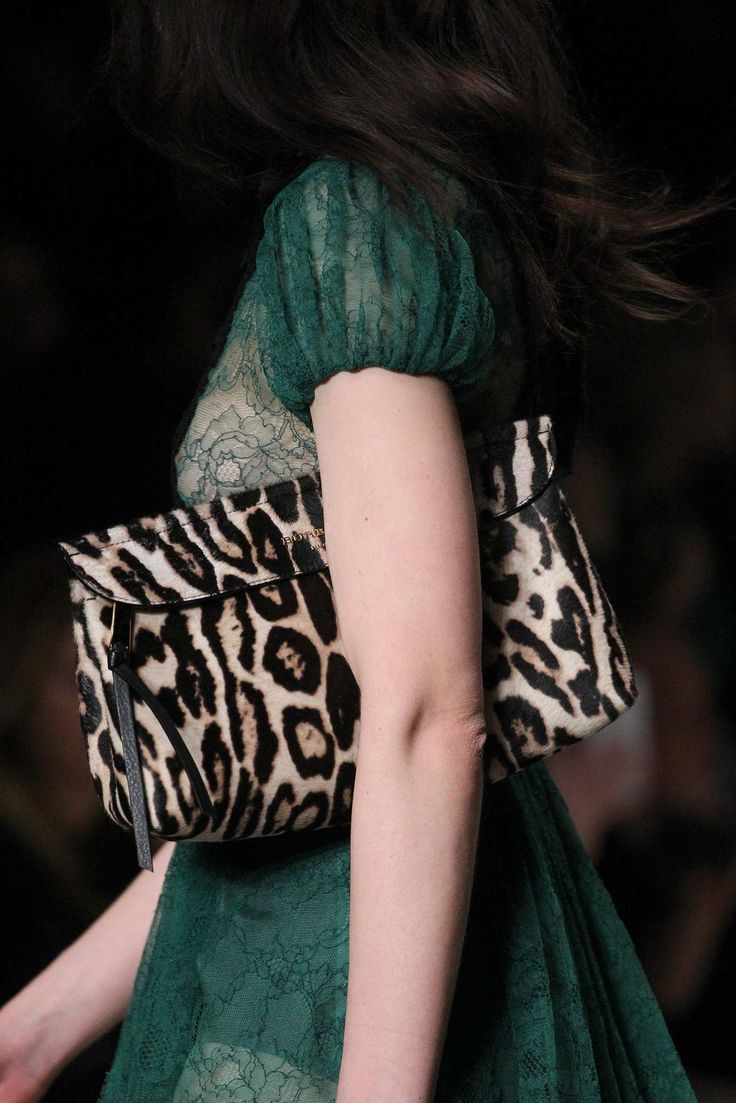 Burberry Prorsum Fall 2015 Ready-to-Wear Fashion Show Details