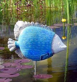 Handgetöpferter exotischer Fisch