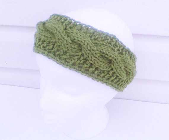 Hey, I found this really awesome Etsy listing at https://www.etsy.com/listing/179350990/forest-green-cable-knitted-headband-hand