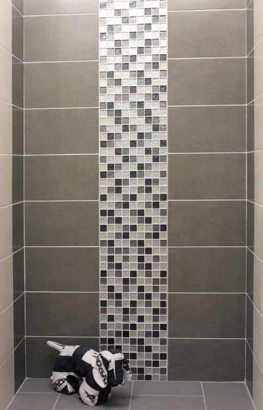Using mosaics to create a feature strip on a wall can for Feature wall tile ideas