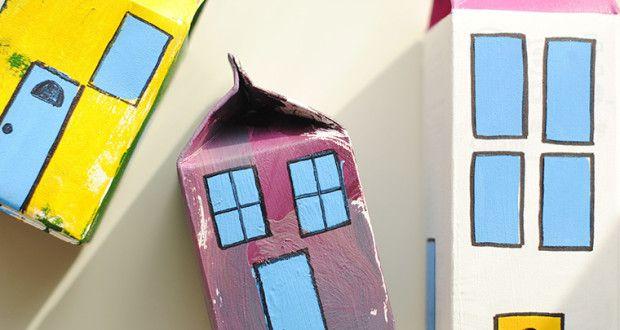 DIY: Φτιάξτε μια πόλη από χάρτινα κουτιά με τα παιδιά σας!