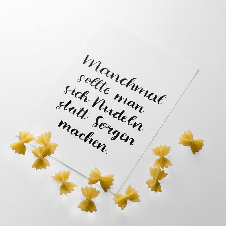 Manchmal sollte man sich Nudeln statt Sorgen machen. #handlettering #handlettered #läddergäng #letterattackchallenge #letterattack #pentel #stift #münster #ms4l #design