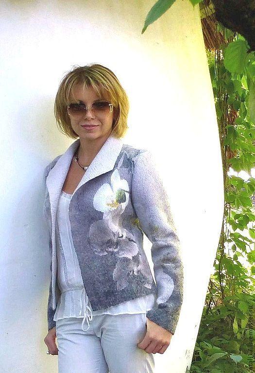 Купить или заказать Жакет валяный Орхидея. Войлок в интернет магазине на Ярмарке Мастеров. С доставкой по России и СНГ. Материалы: шерсть, шёлк натуральный, шерсть…. Размер: 46