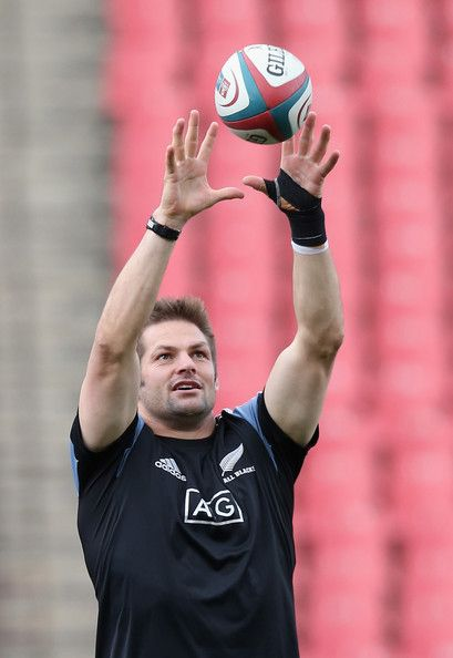 Richie Mccaw Photos - South Africa v New Zealand - The Rugby Championship - Zimbio