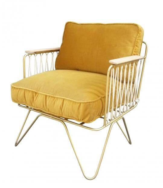 """Ein Platz an der Sonne: Lounge-Chair """"La Croisette"""" von Honoré Décoration über honoredeco.com, ca. 460 Euro"""