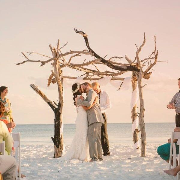 10 Most Romantic Beaches For Marriage