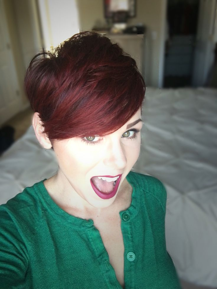 how to style red hair 1000 ideas about pixie cuts on longer 2990 | 395502352a0a85ac203e7cdcc5717d35