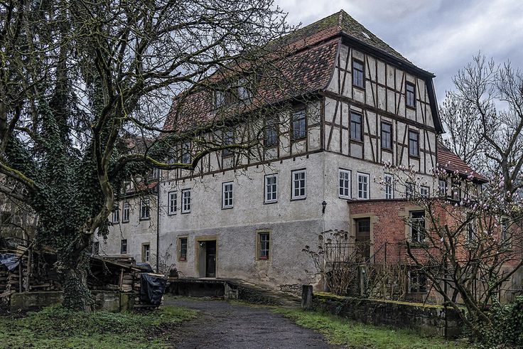 Forchtenberg  Town in Germany     Forchtenberg is a town in the district of Hohenlohekreis, northern Baden-Württemberg. It lies on the side of a partly fortified hill overlooking the Kocher valley where the Kupfer river flows into the Kocher.
