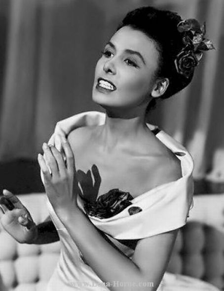 Lena Mary Calhoun Horne (June 30, 1917 – May 9, 2010) was an American singer, actress, civil rights activist and dancer.  #Photos #BlackandWhite #photography