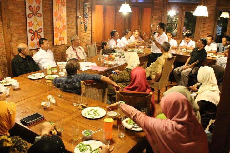 Buka Puasa Keluarga Besar IIBF Jateng -DIY
