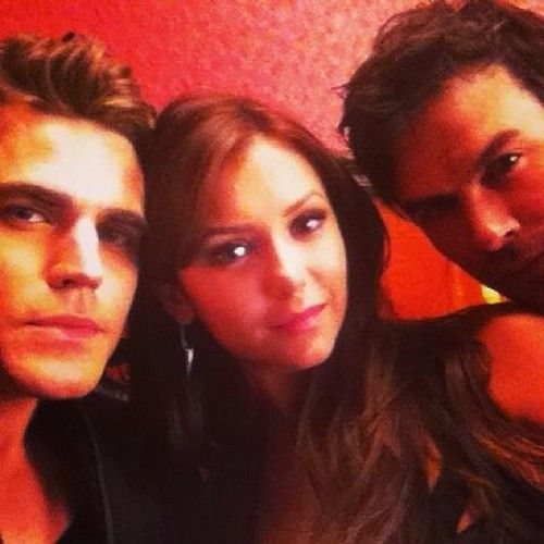 Ian Somerhalder tweets picture with Nina Dobrev and Paul Wesley #TVD