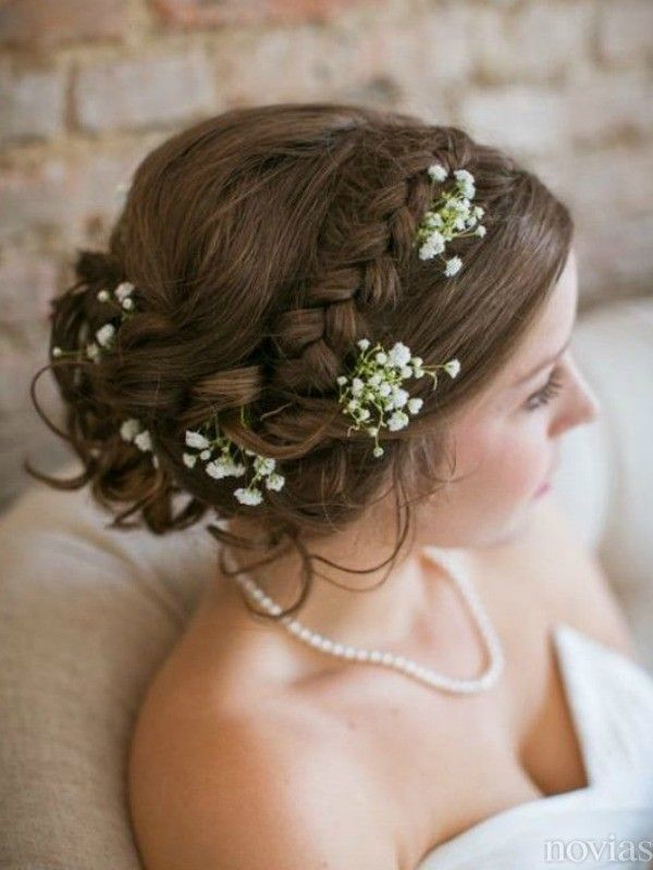 Las flores, protagonistas del peinado de novia